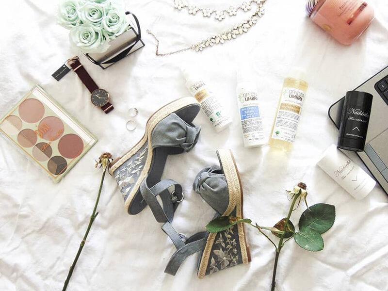 Prodotti cosmetici naturali per la cura e la bellezza del corpo