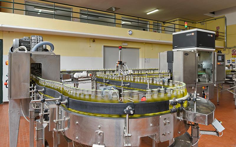 Linea di produzione automatizzata per controllo qualità e packaging