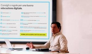 Consigli e regole per una buona educazione digitale