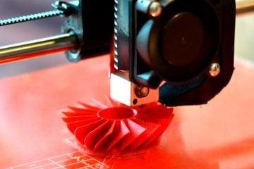 Prototipazioni, additive manufacturing e produzione oggetti